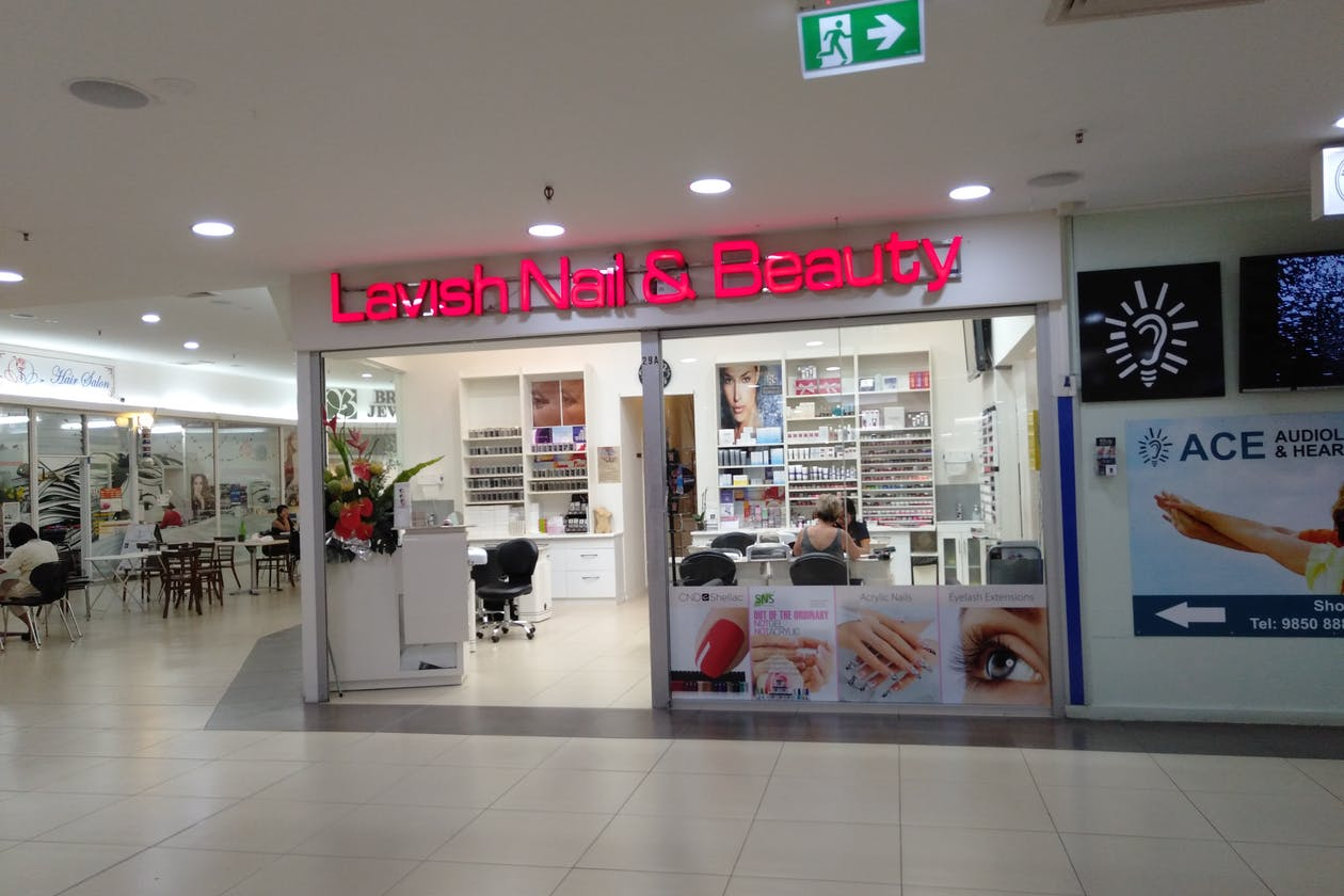 Lavish Nails & Beauty image 2