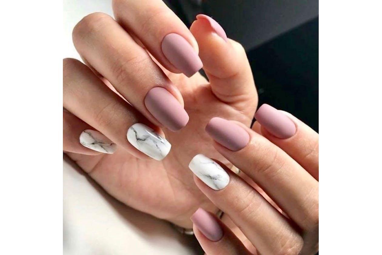 Larose Nails & Beauty image 19
