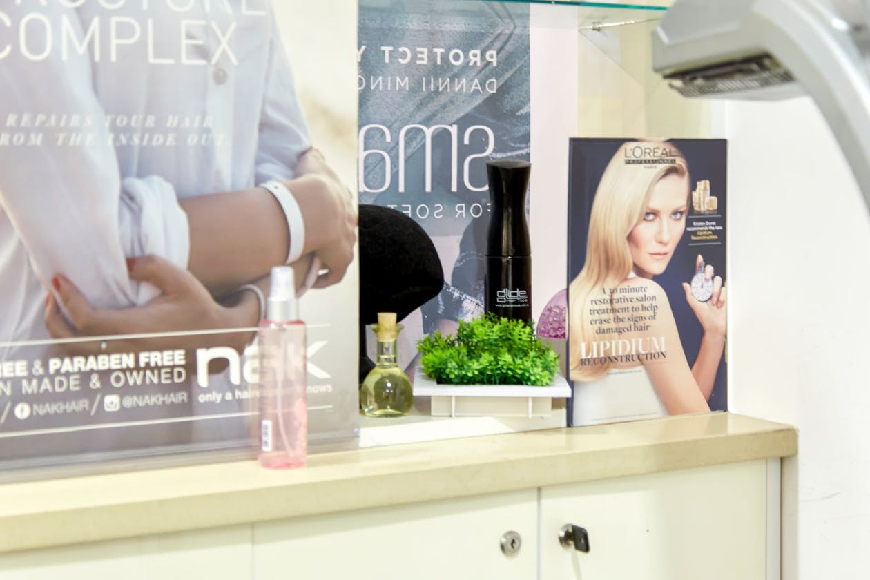 The Hue Hair Salon image 12