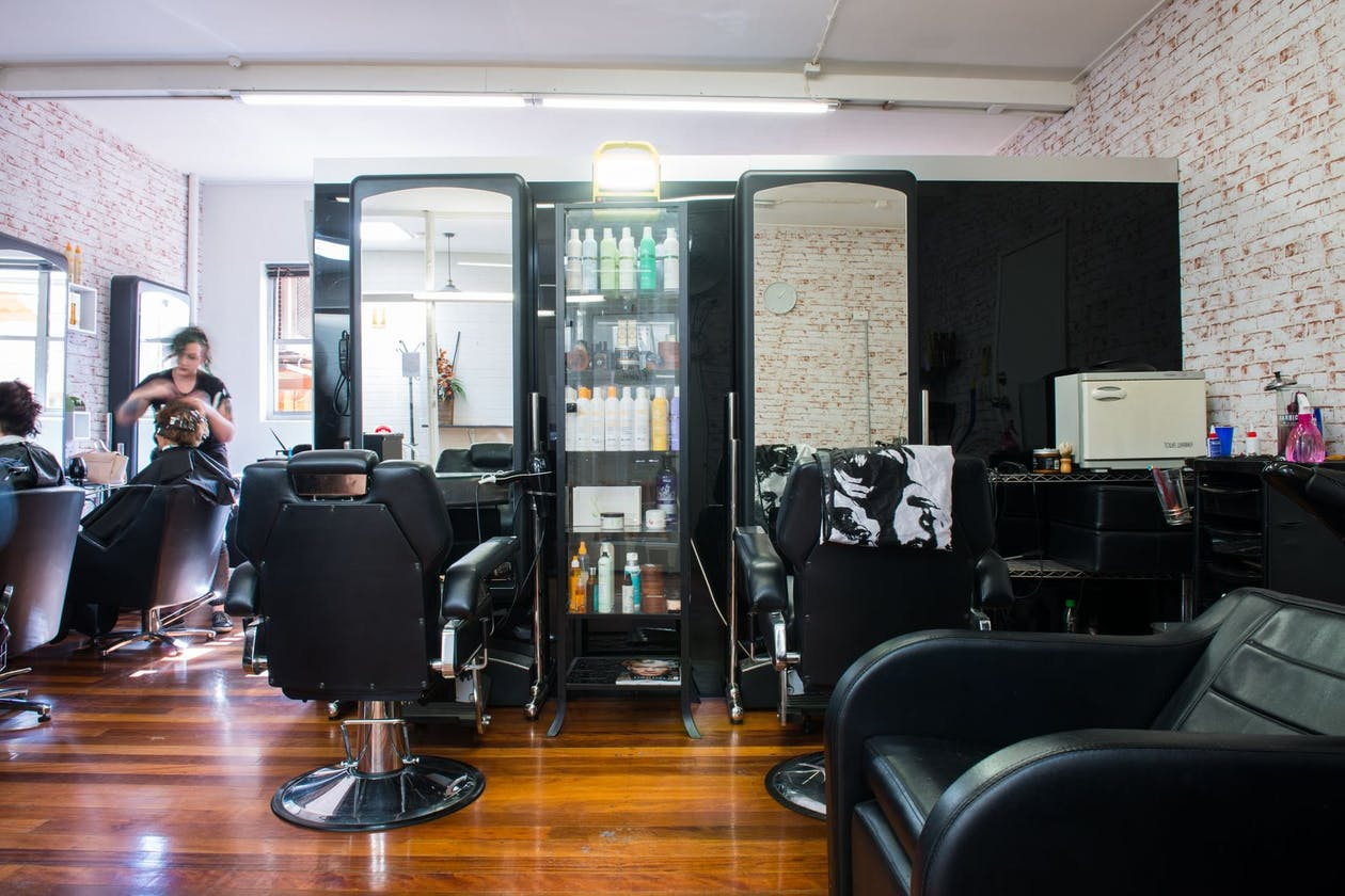 Sergio's Salon image 2