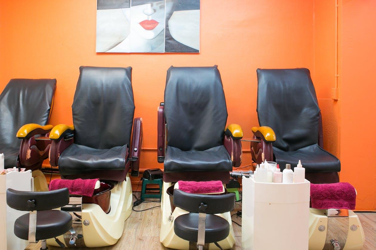 Chapel's Beauty Salon image 2