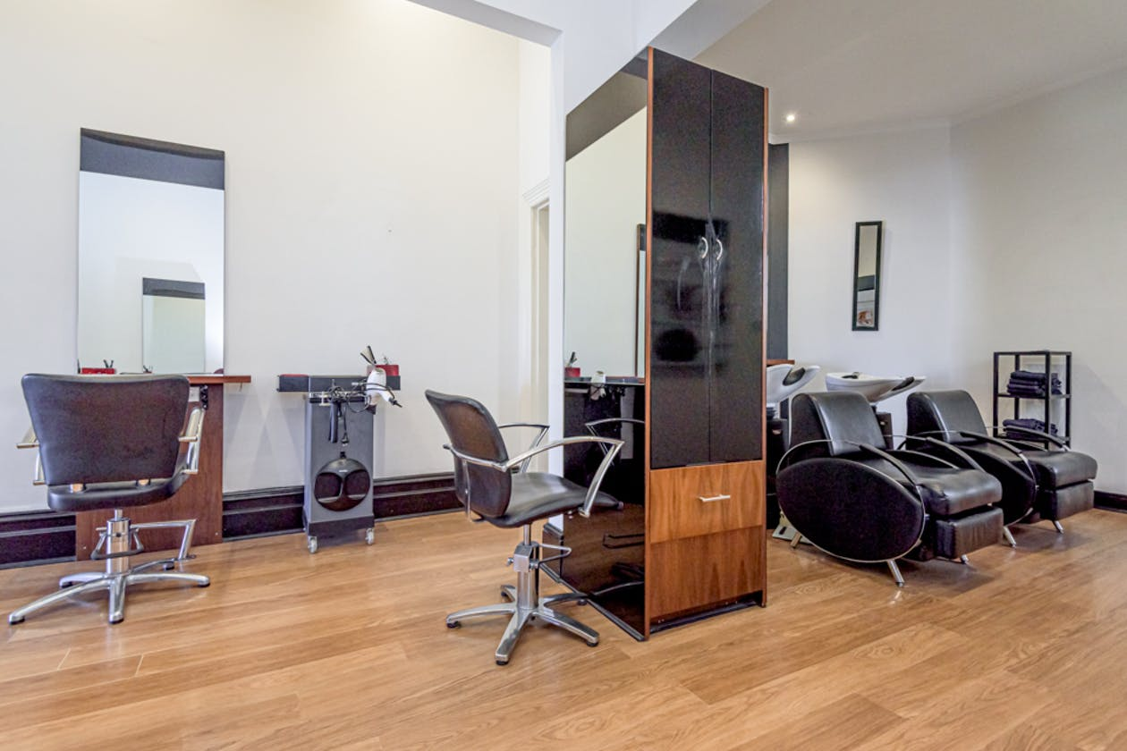 Salon A image 3