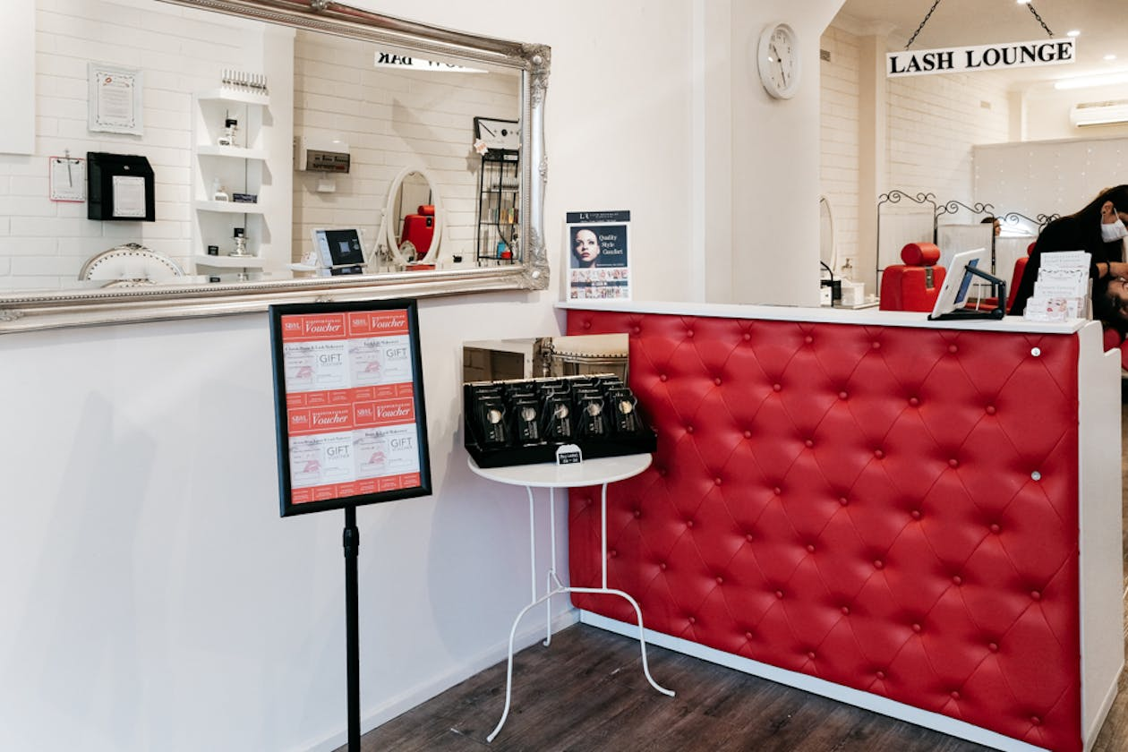 Simply Brows and Lashes - Northcote image 1