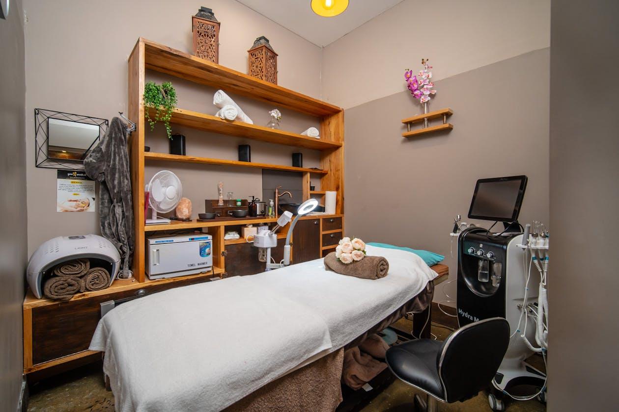 Refresh Massage&Beauty image 3