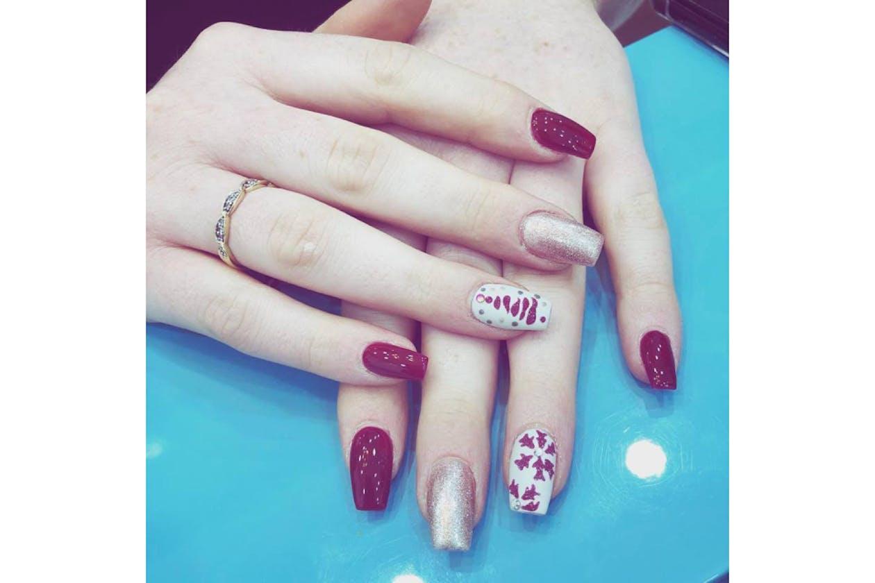 Larose Nails & Beauty image 18