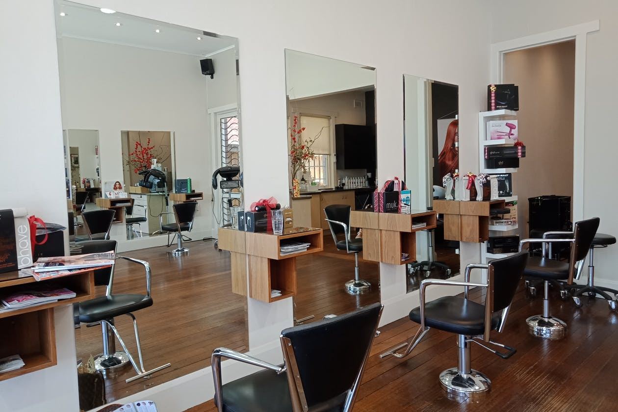 Salon Mio - Hair & Beauty Salon image 3