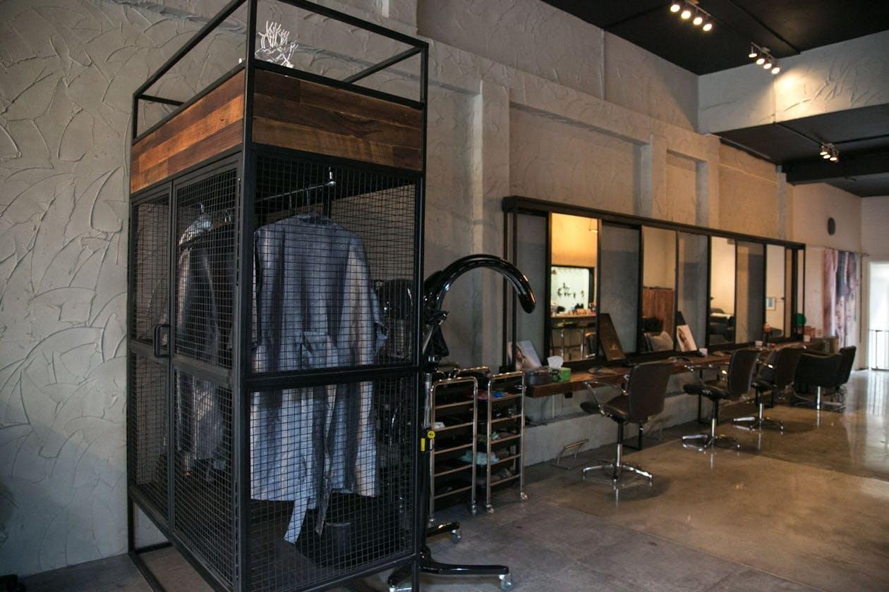 Crear by Max Hair Salon image 11