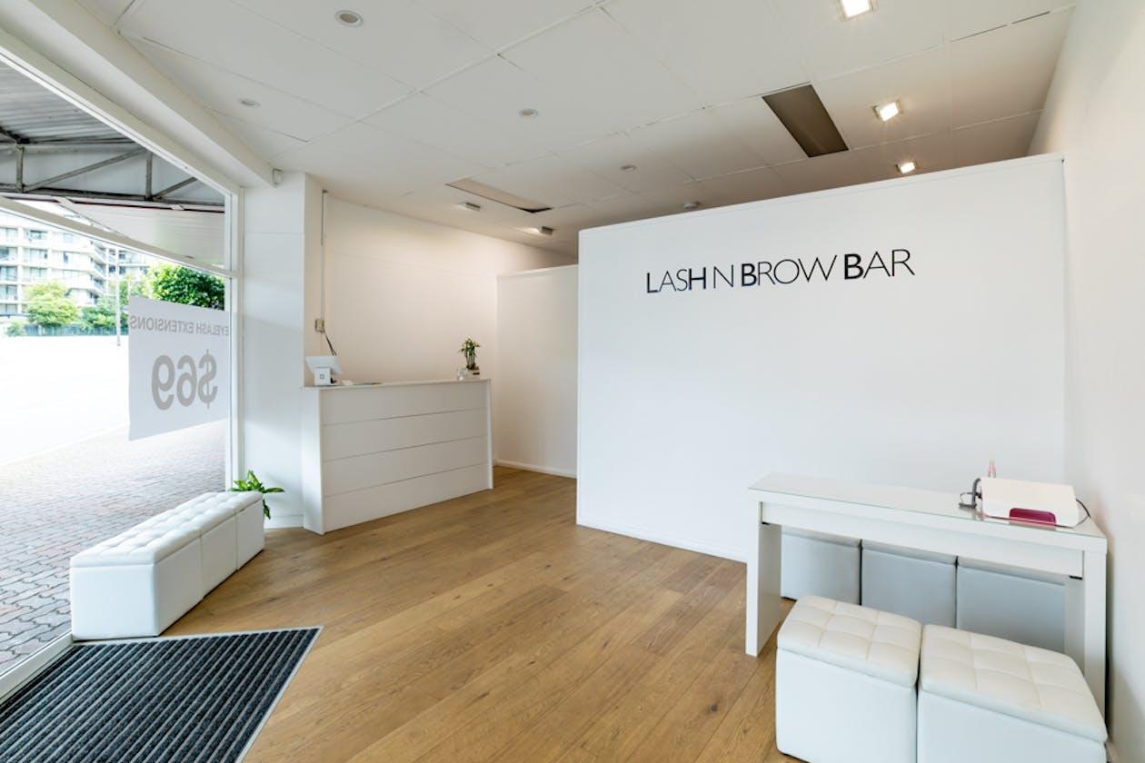 Lash n Brow Bar image 1