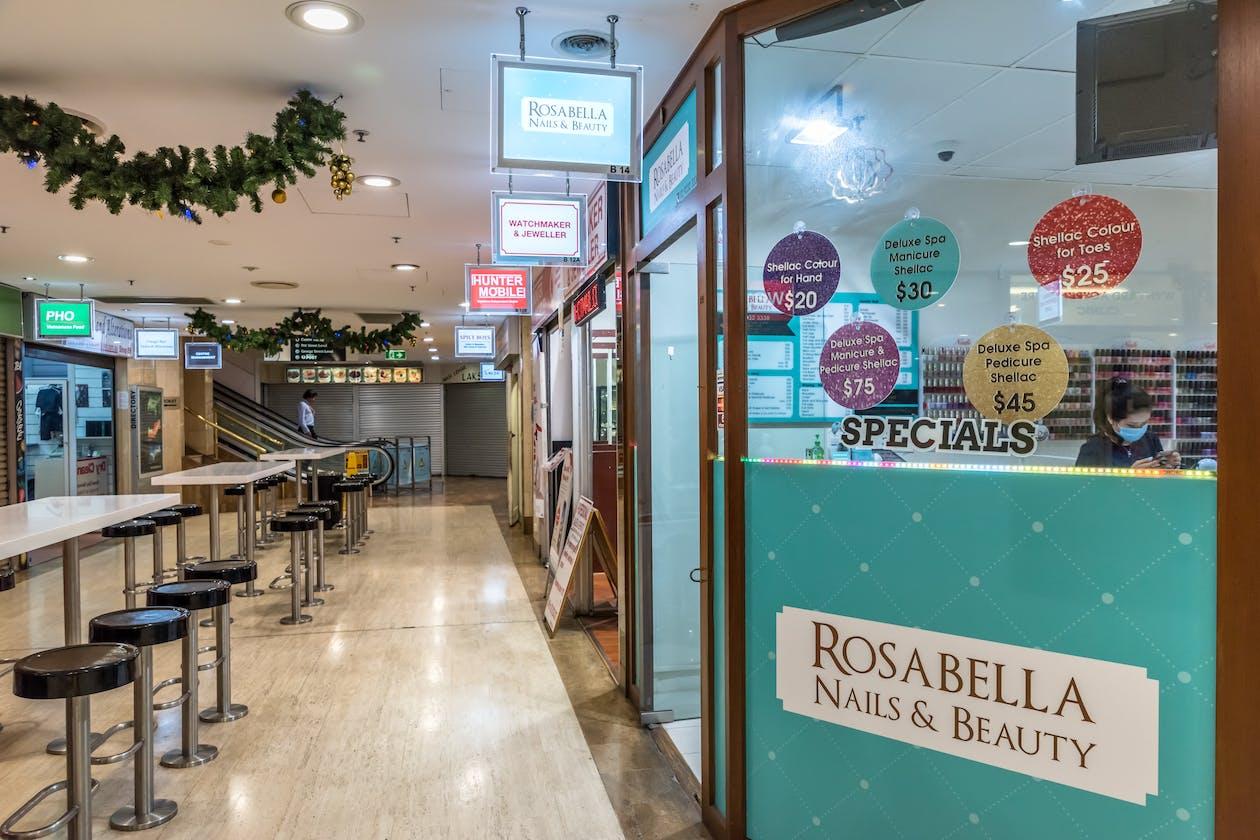 Rosabella Nails & Beauty image 14