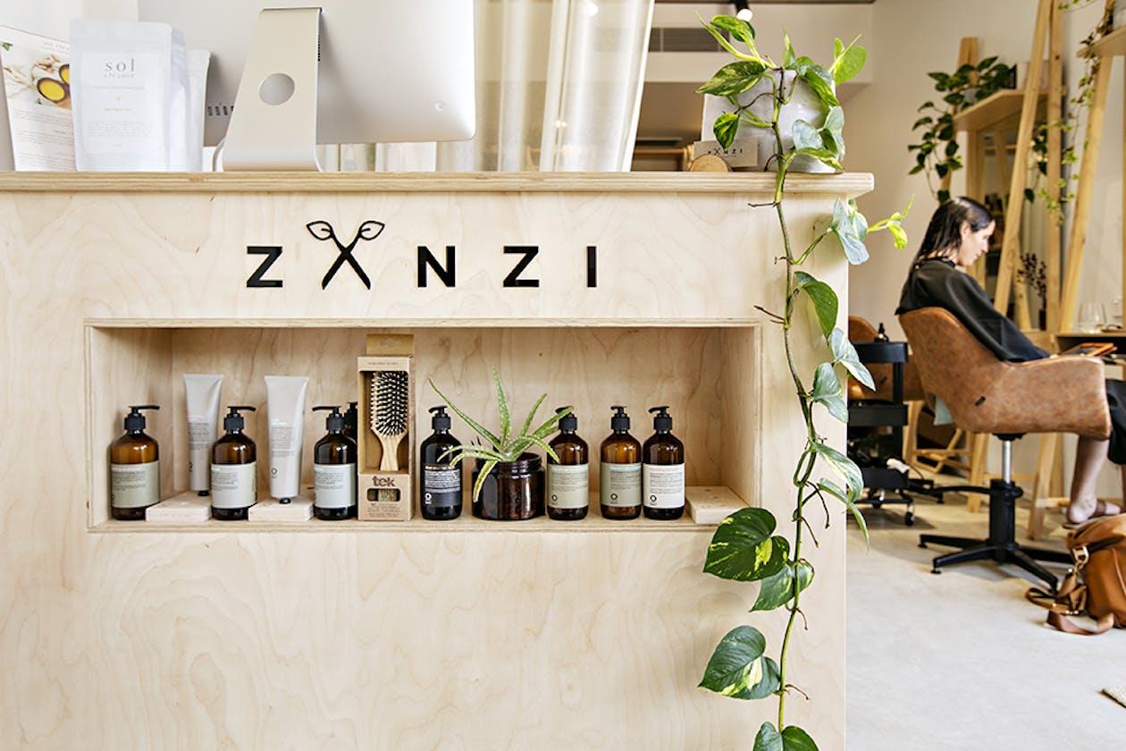 Zanzi Hairdressing image 11