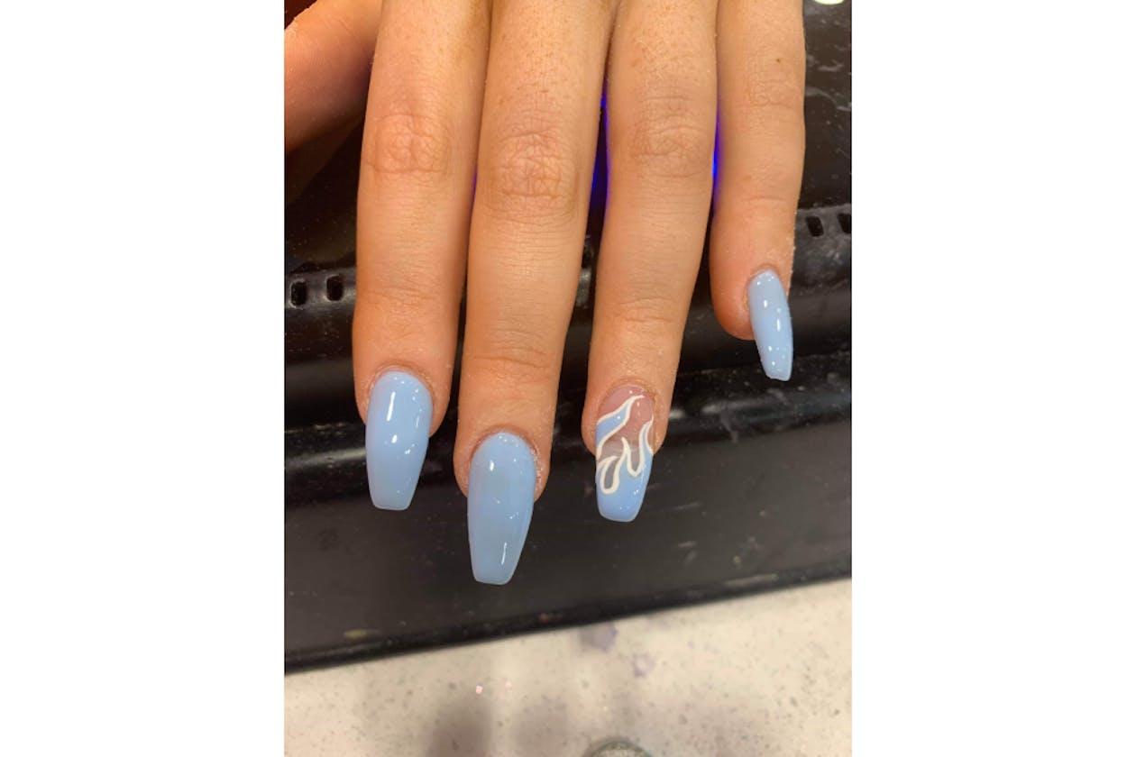 Kimmys Hair Nails & Beauty image 36