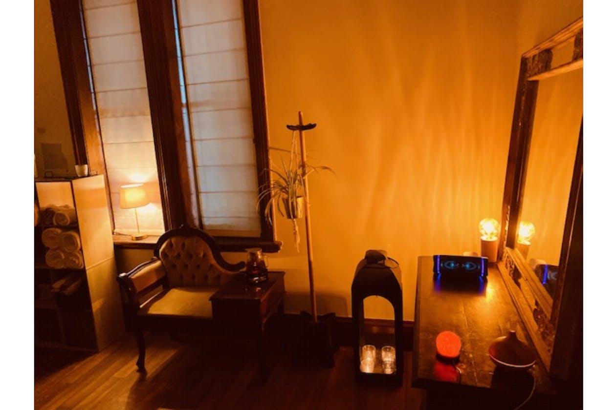Old Shanghai Remedial Massage image 5