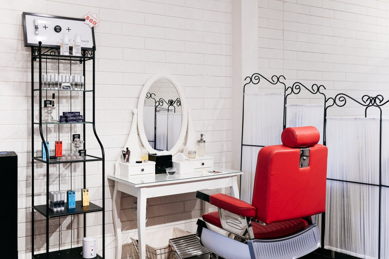 Simply Brows and Lashes - Northcote image 2