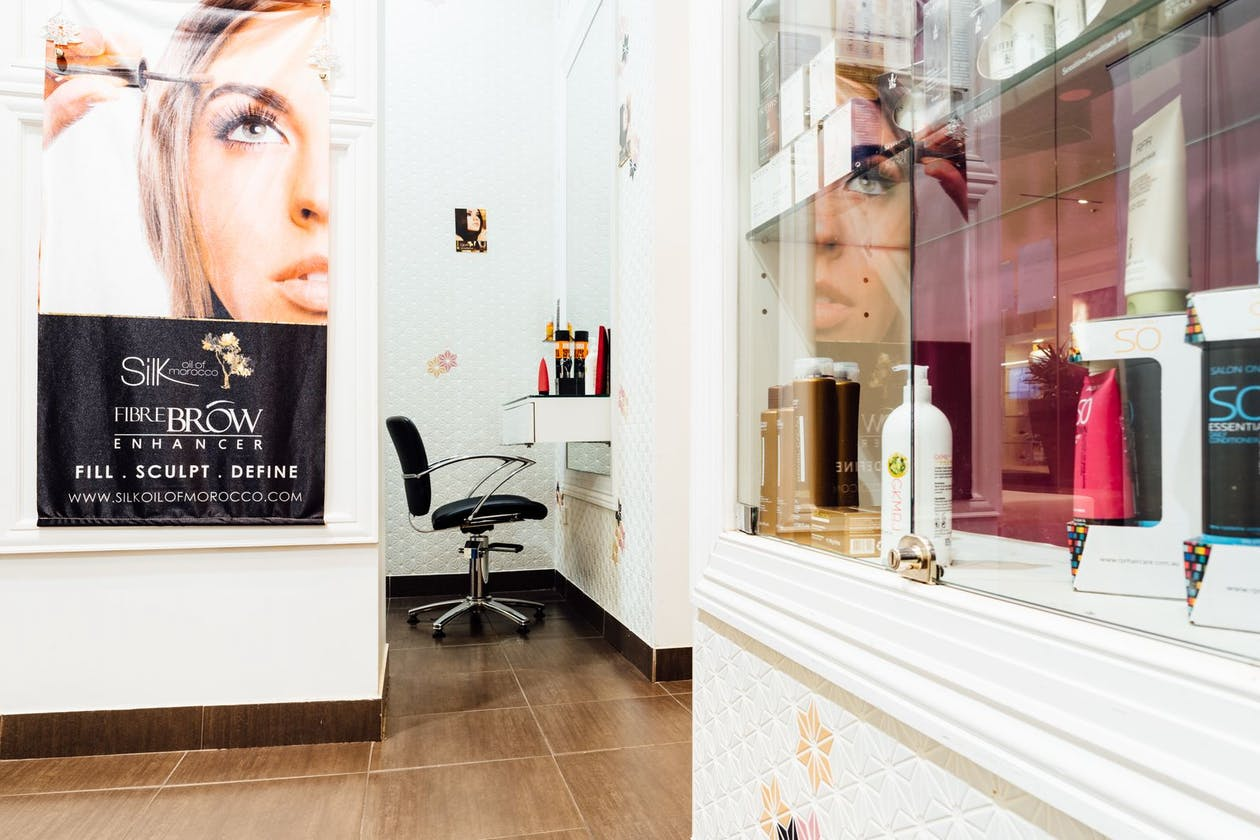 Shashi Hair, Beauty & Day Spa - Liverpool image 2