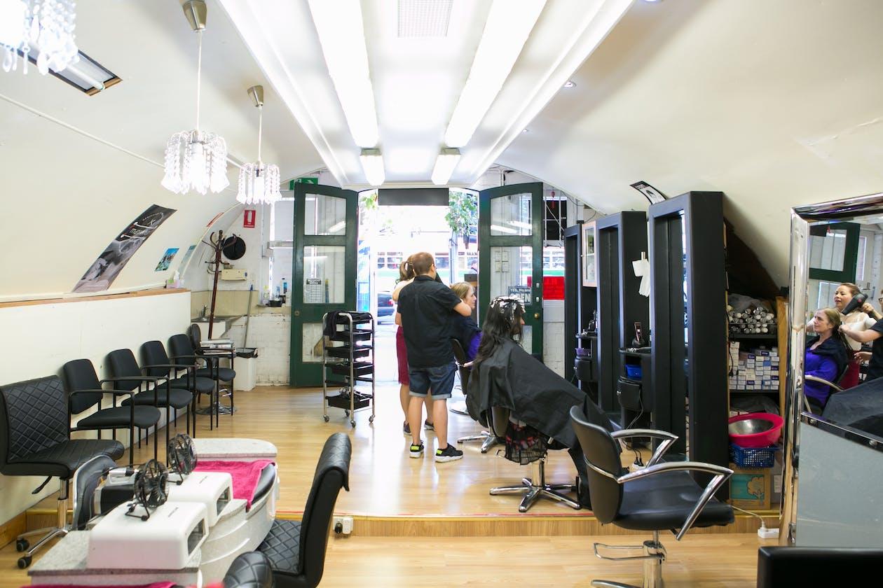 H.L.U Hair Nail and Beauty Salon image 2