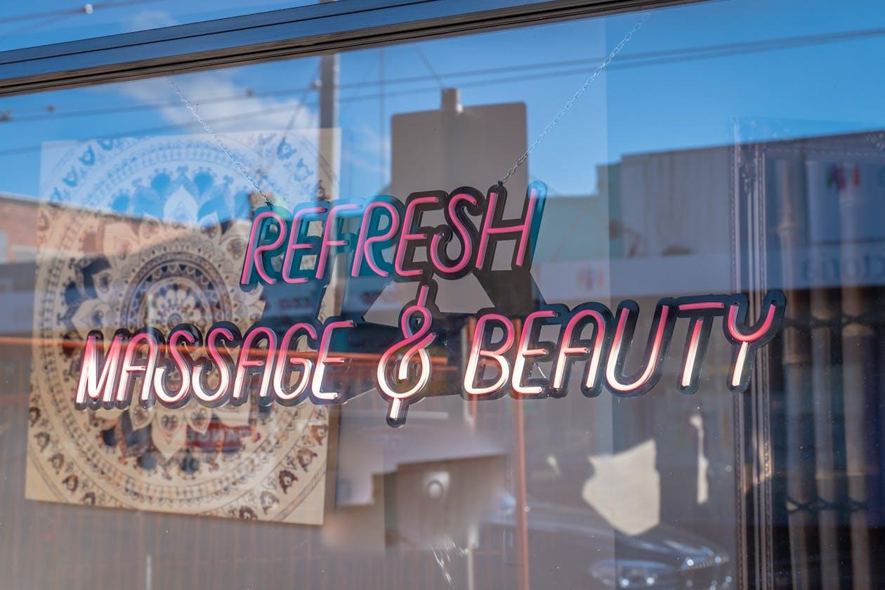 Refresh Massage&Beauty image 16