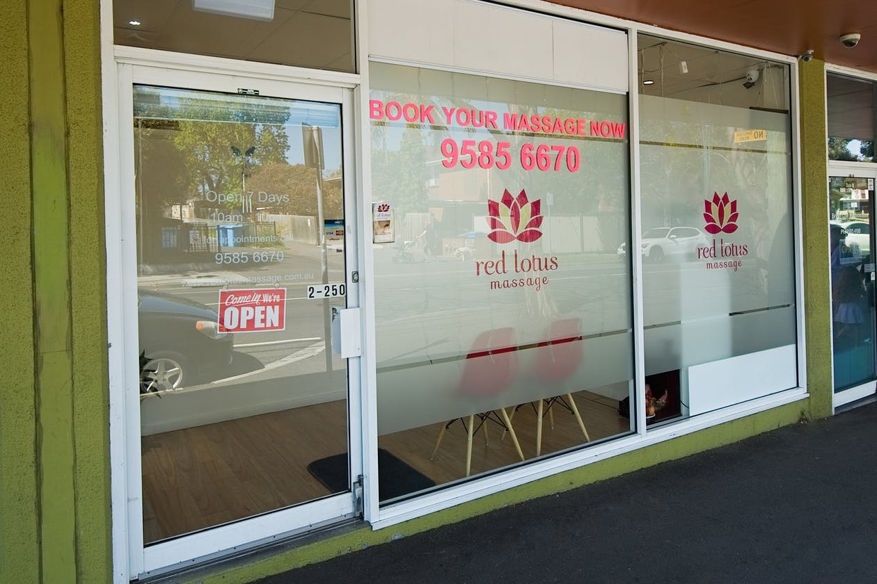 Red Lotus Massage - Cheltenham image 17