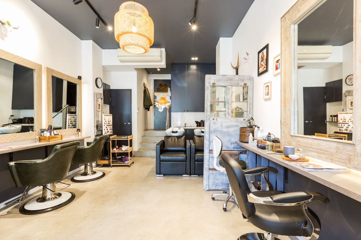 Bull Hair Boutique image 4