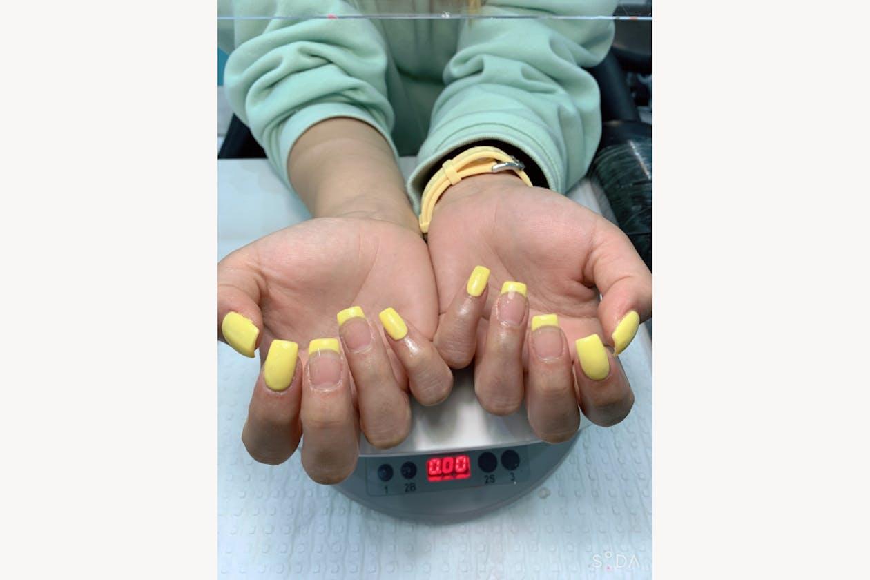 Larose Nails & Beauty image 16