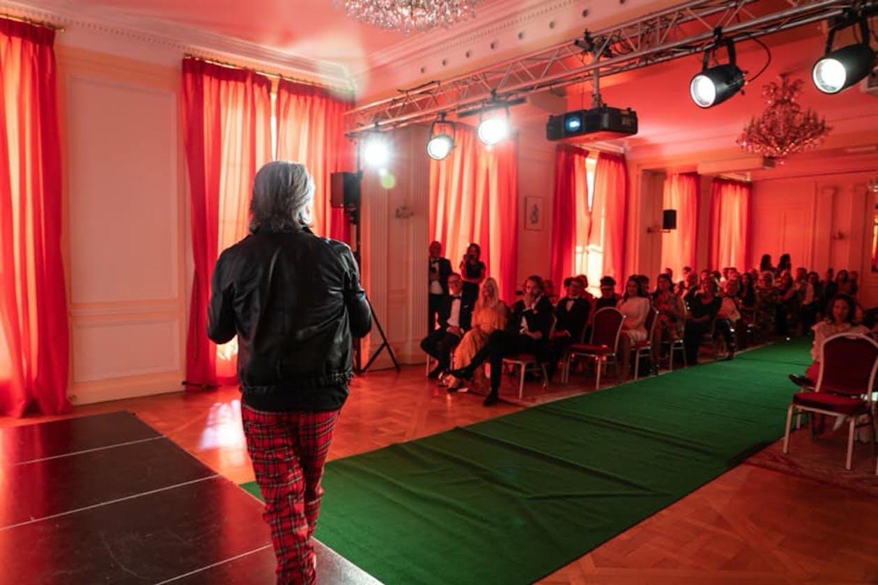 Jorge Viota Hairdressing image 10
