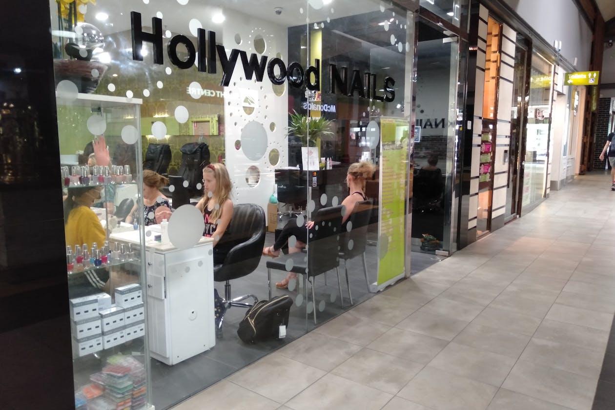 Hollywood Nails - Brunswick image 2