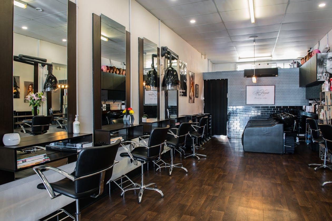 Invogue Hair Designers image 2