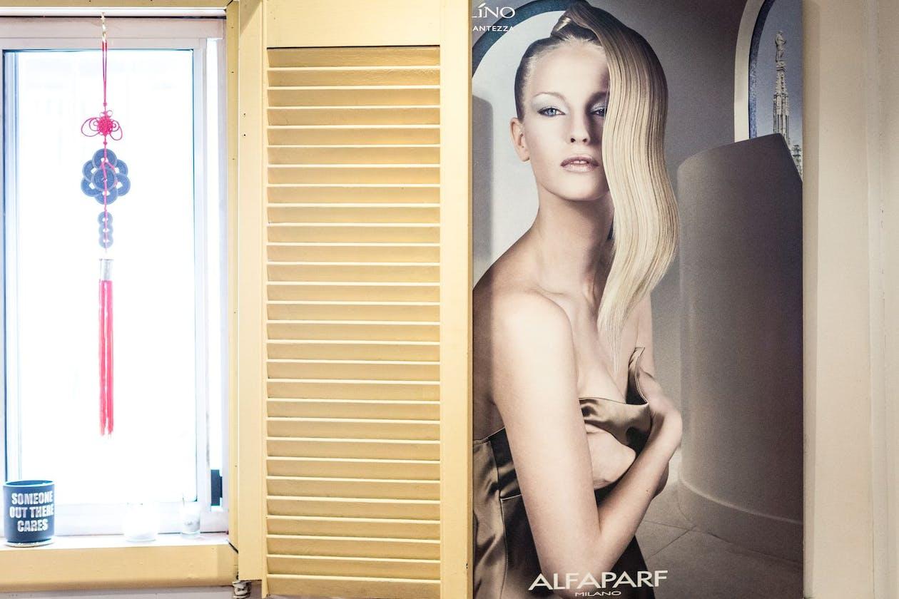 Anton's Hair Salon image 17