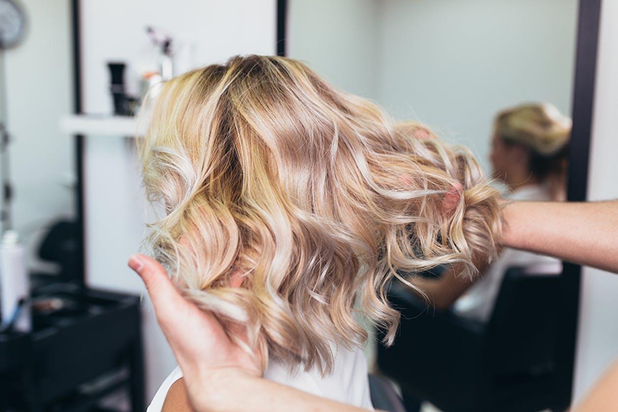 Violet Hair Salon