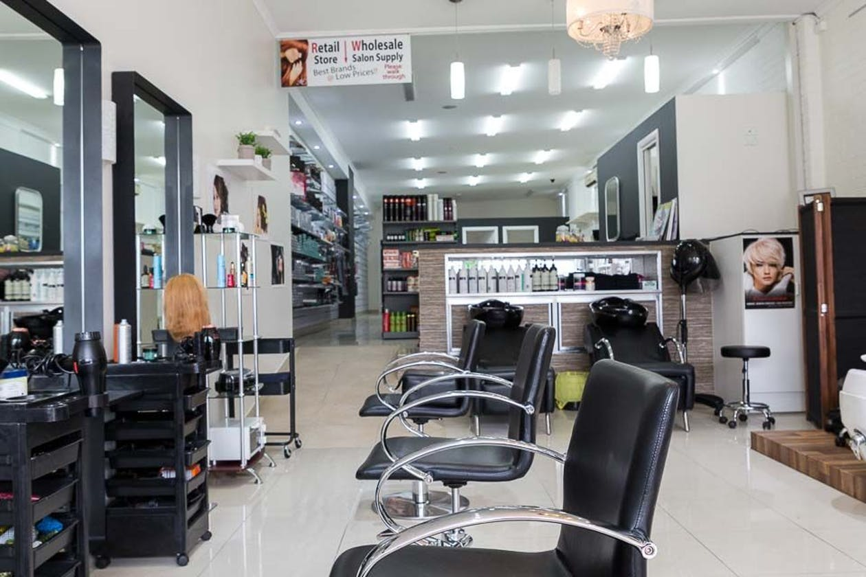 Zara Beauty and Hair Salon