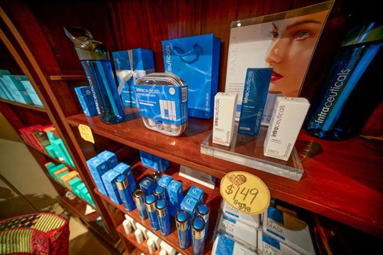 Capri Beauty Salon image 6