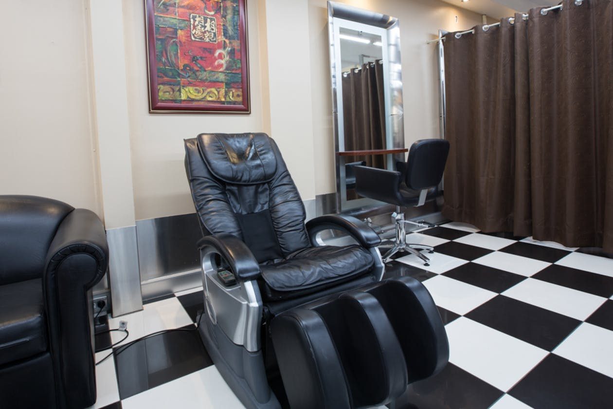 Curly Top Hair Salon image 2