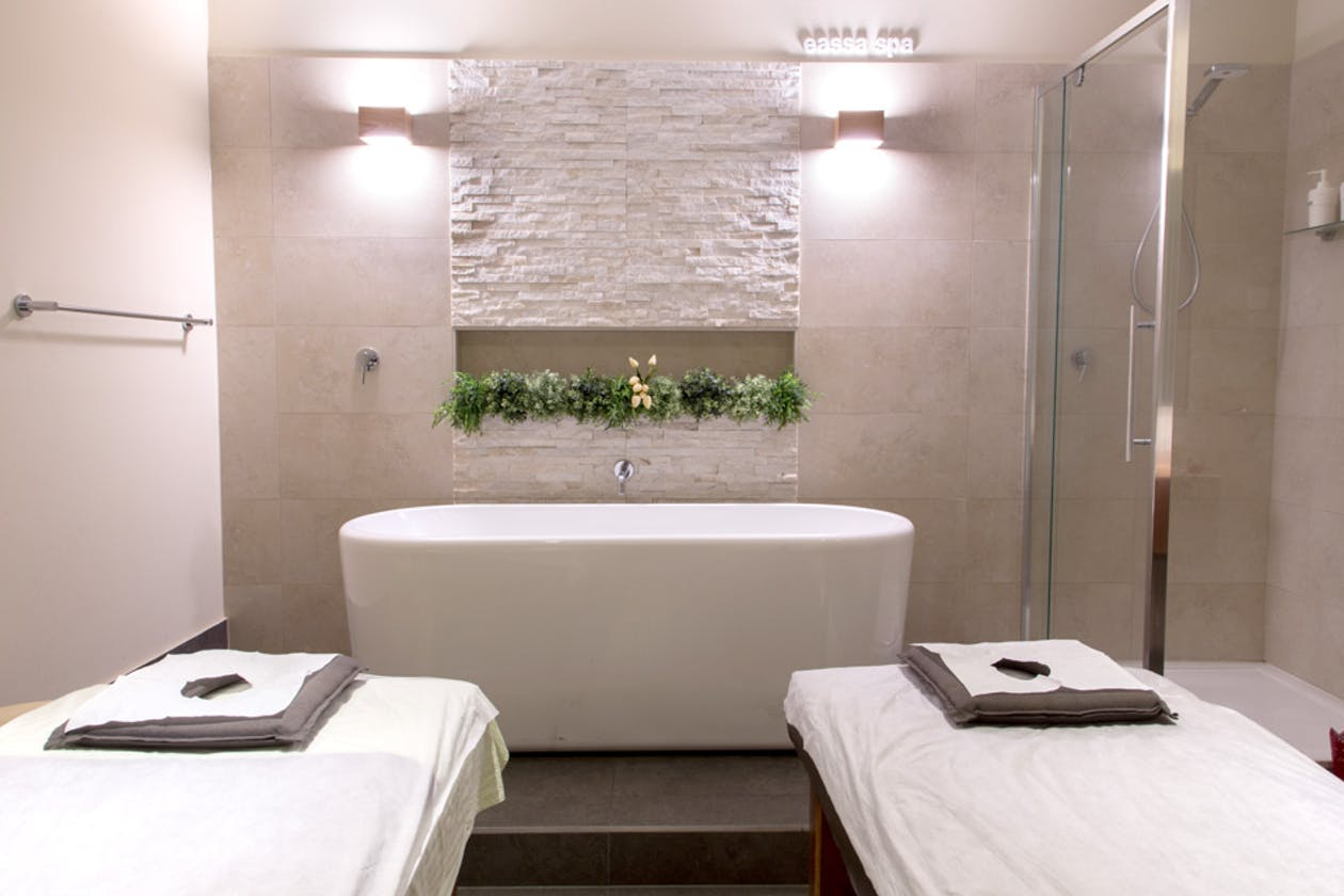Eassa Day Spa image 2