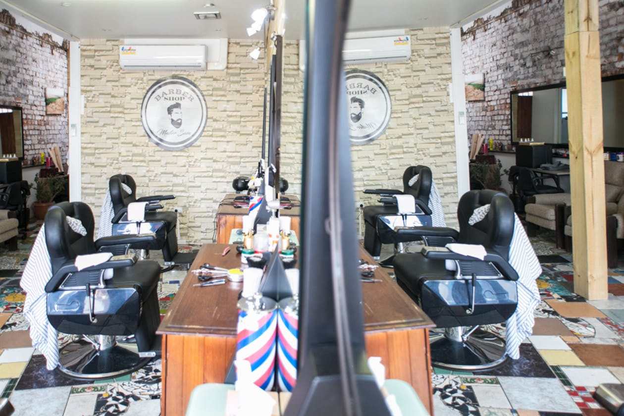 Master Sam Barber Shop