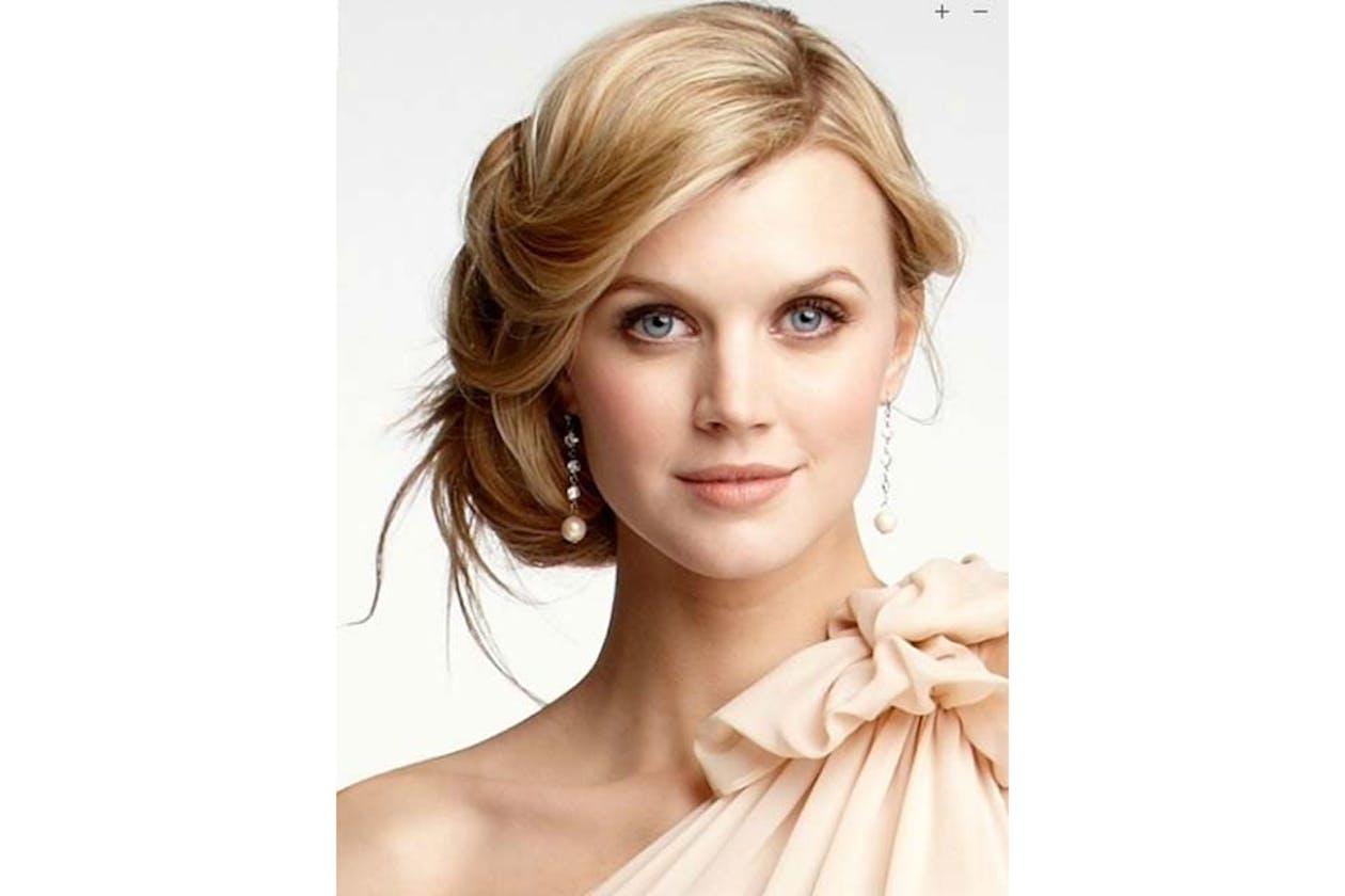 Living Glamour Makeup Studio image 3