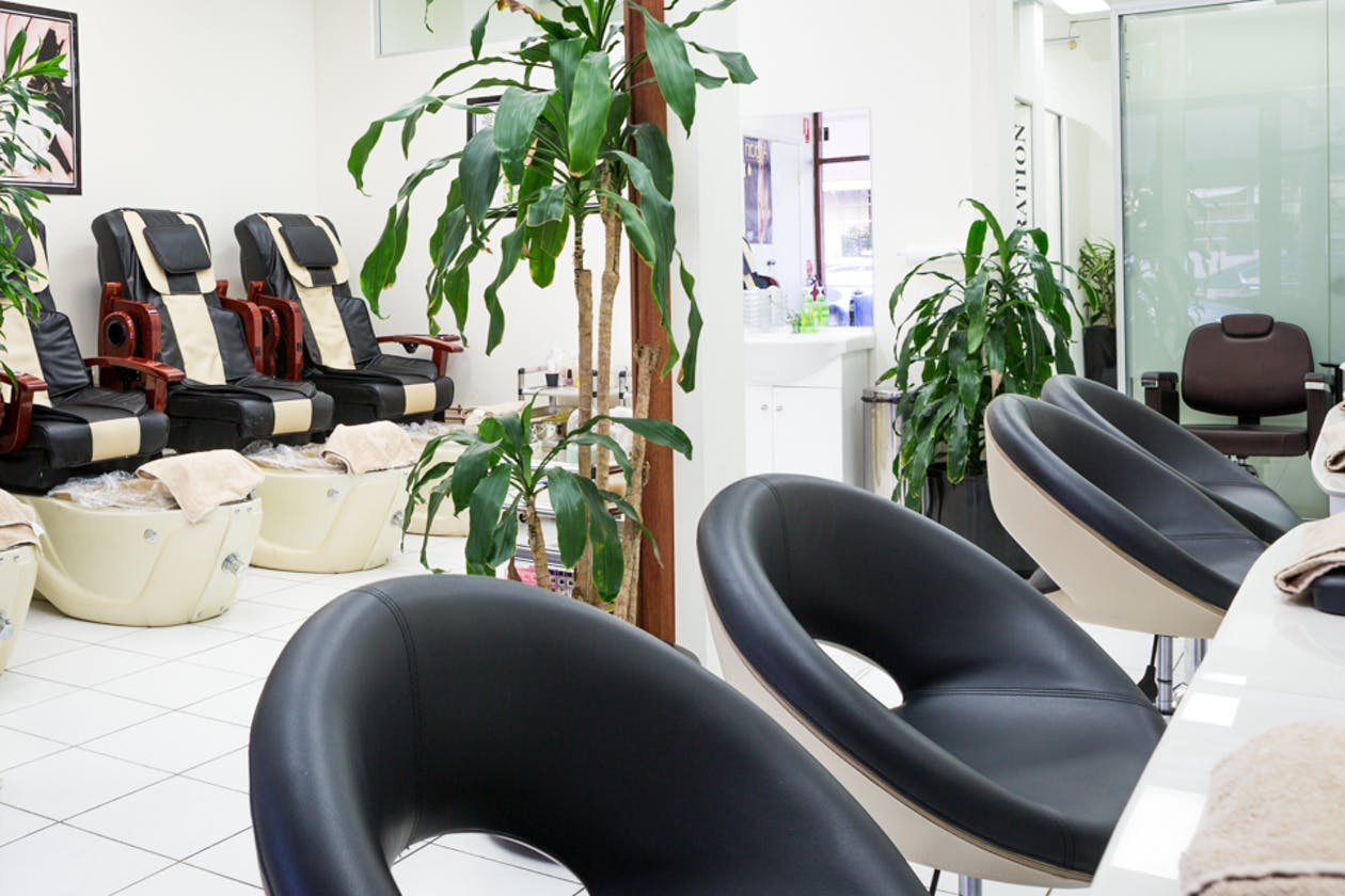 Aloe Beauty and Nails image 2