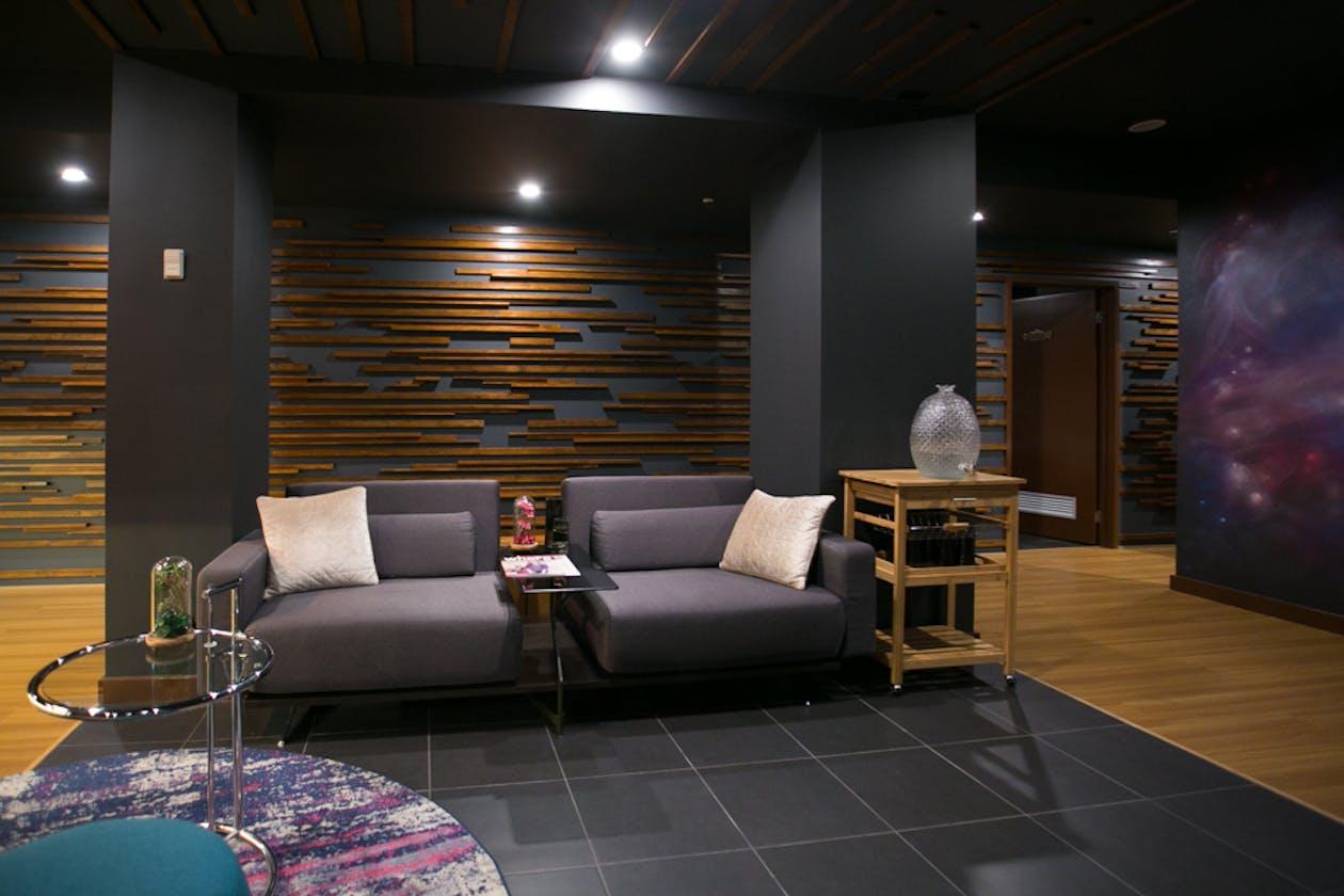 The V Hotel Spa image 2