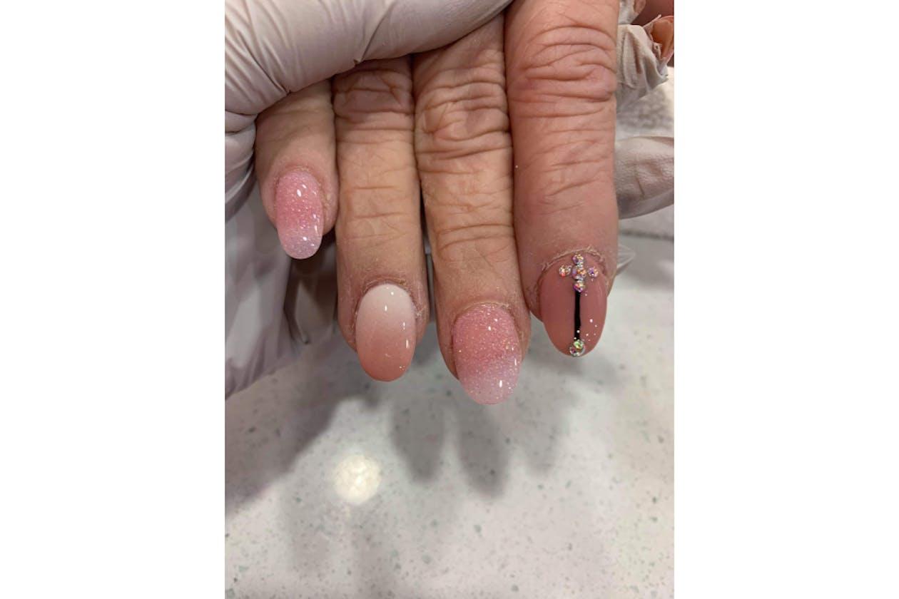 Kimmys Hair Nails & Beauty image 31