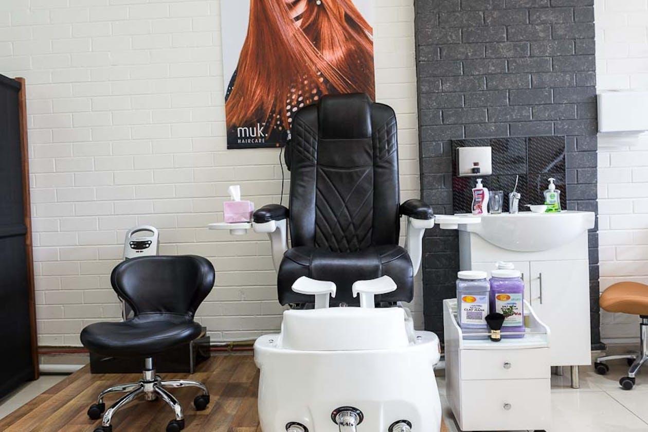 Zara Beauty and Hair Salon image 3