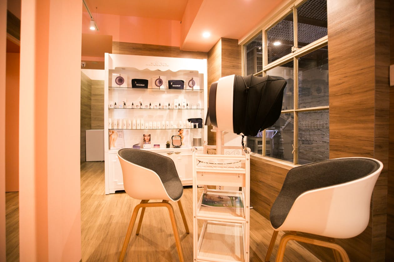Cecilie Salon