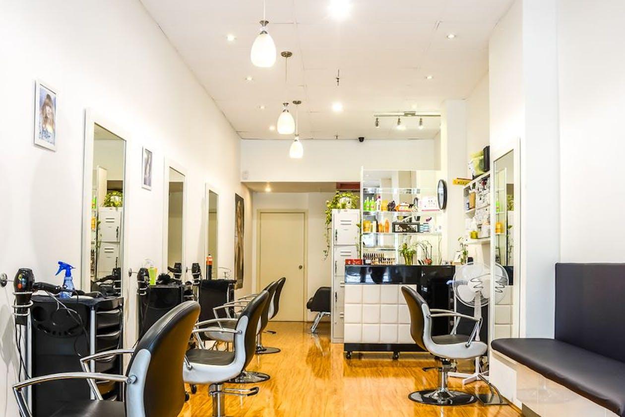 J&S Hair Salon
