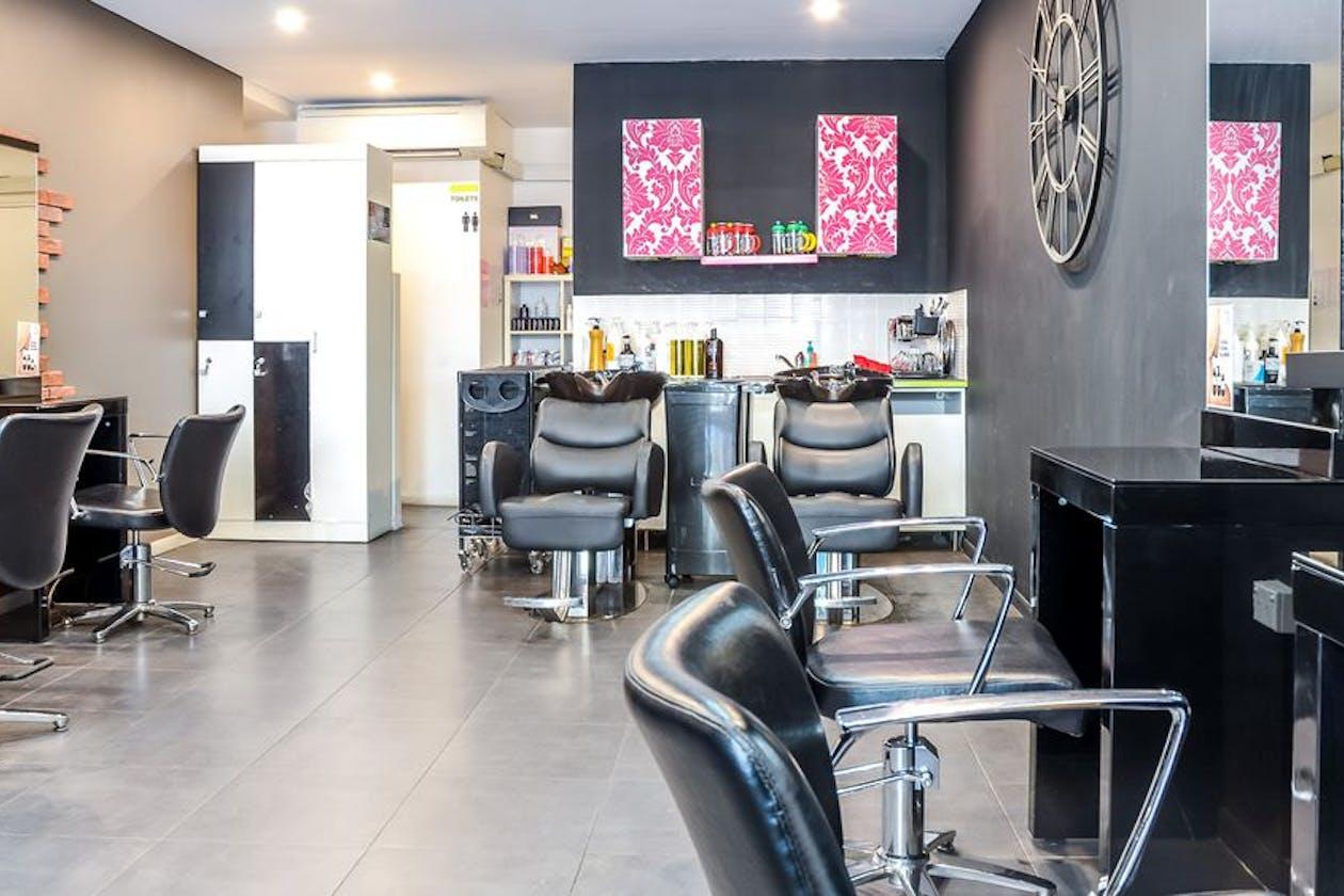 Jal Hairdresser image 2