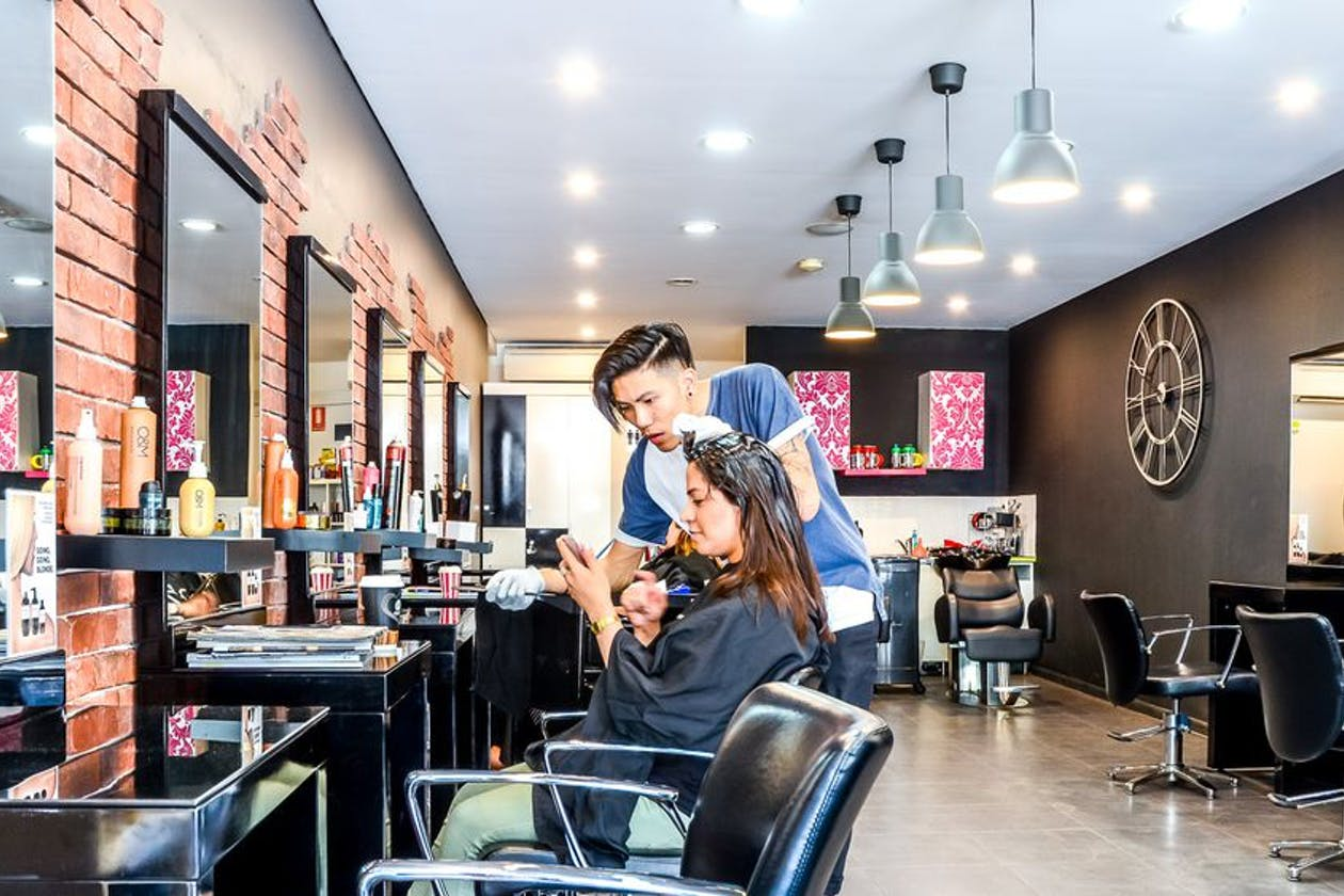 Jal Hairdresser image 1