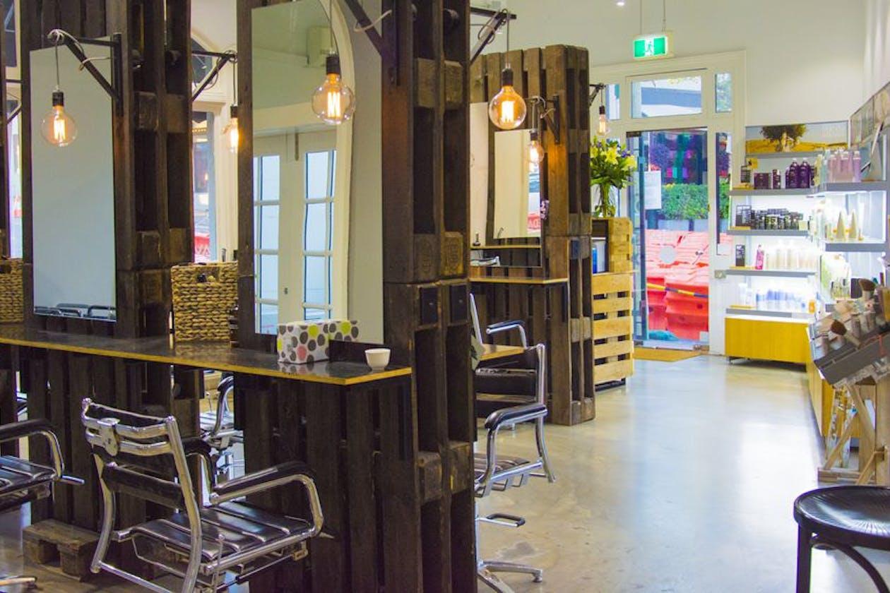 Eloura Lifestyle Salon & Spa image 3