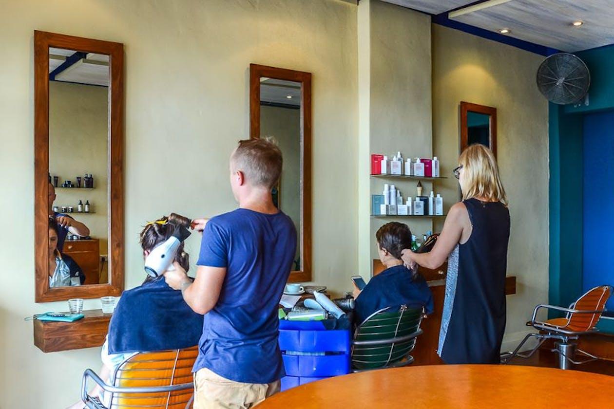 Kelp Hairdressing image 3