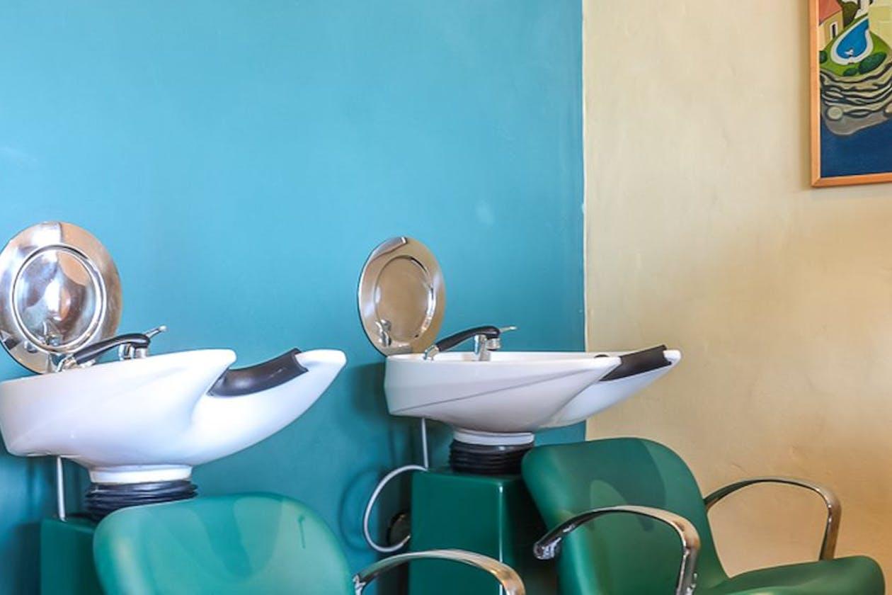 Kelp Hairdressing image 6