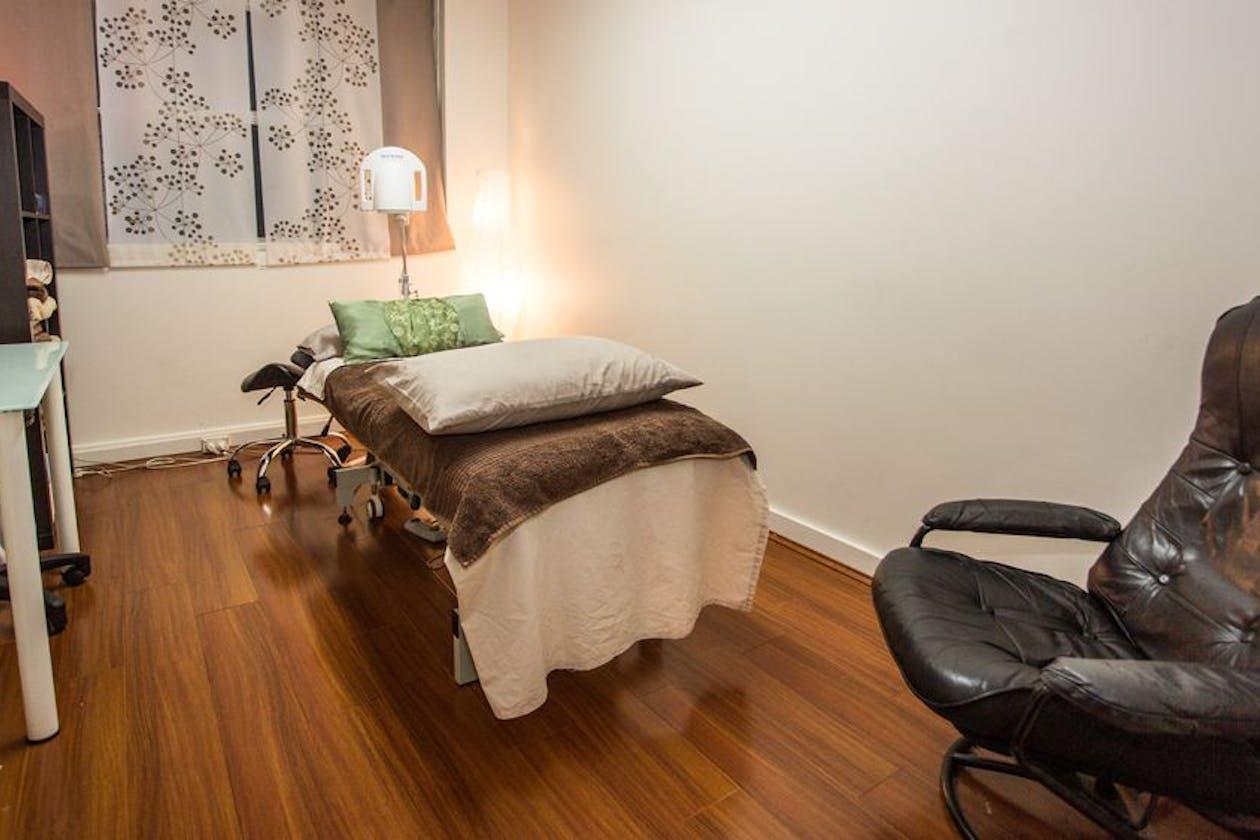 Rodd Sanchez Sydney Acupuncture image 4