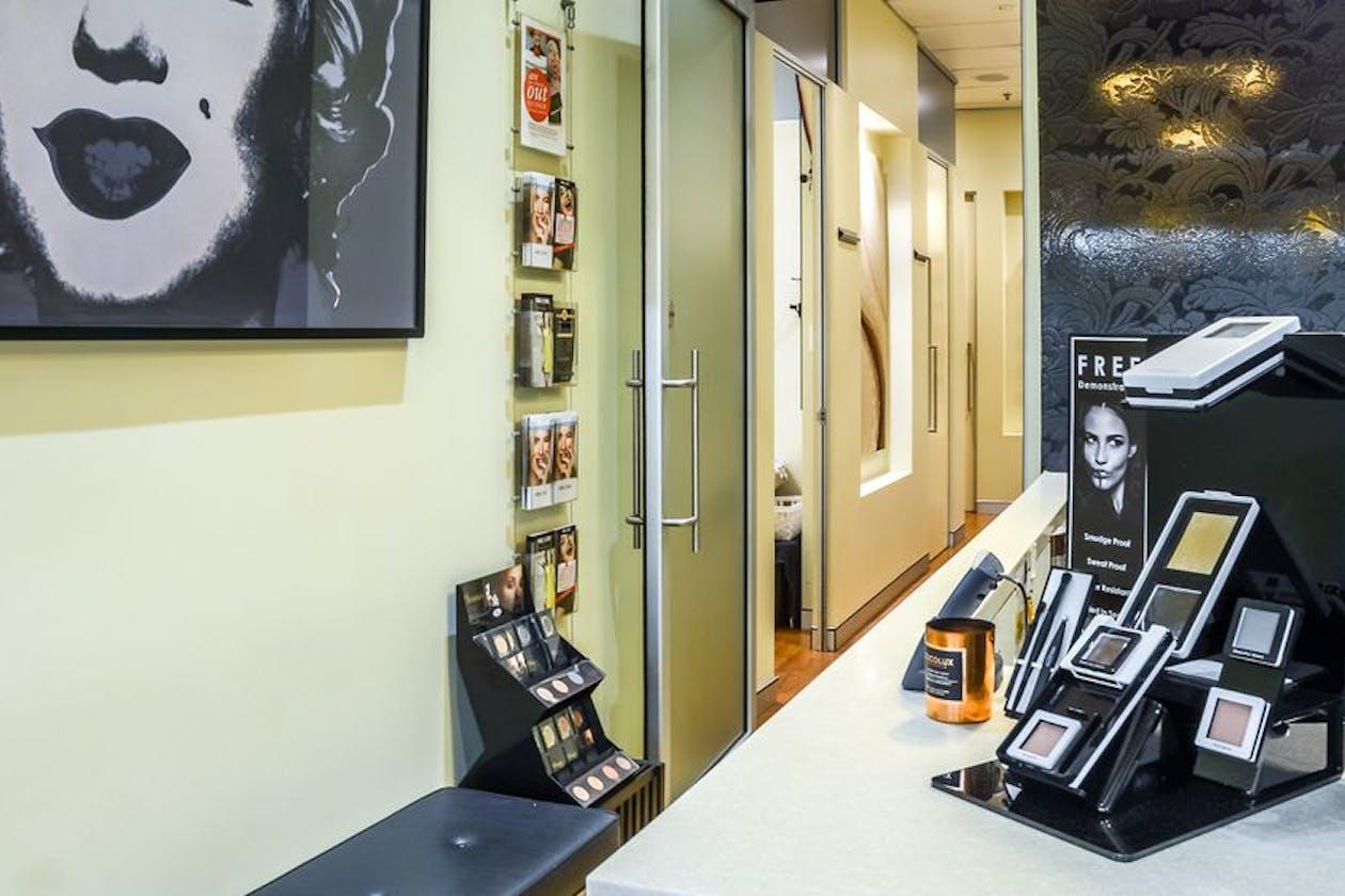 Boudoir Lash & Beauty Bar - CBD image 1