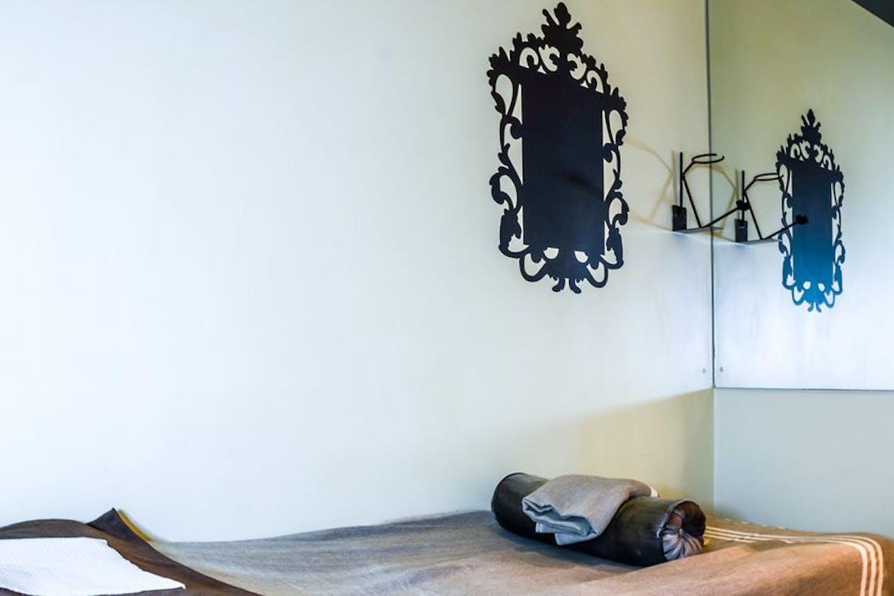 Boudoir Lash & Beauty Bar - CBD image 5