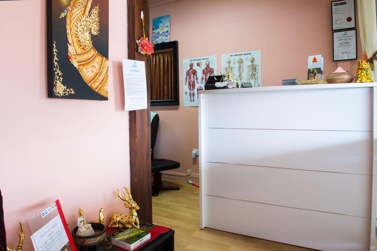 Enlighten Massage