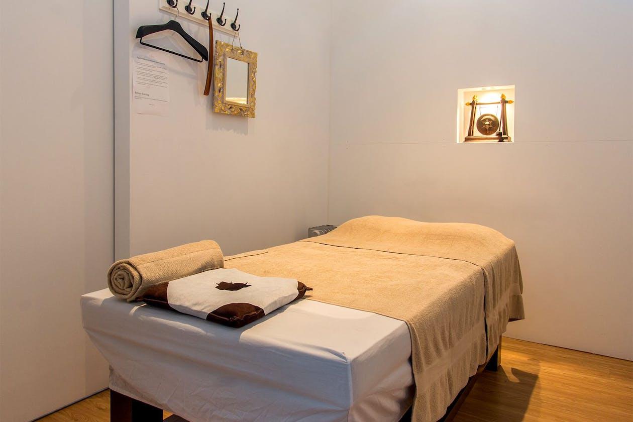 The Retreat Thai & Contemporary Massage Sanctuary image 2